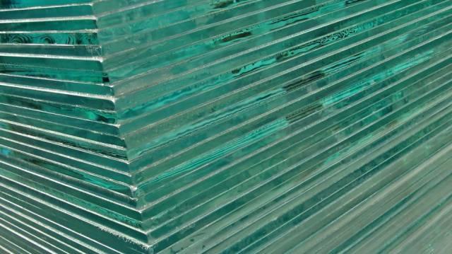 Stackofglasssheets